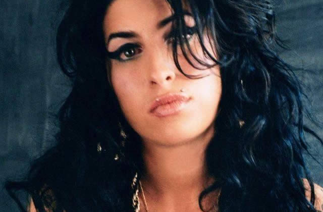 Back to Black, l'album d'Amy Winehouse le 19 mars