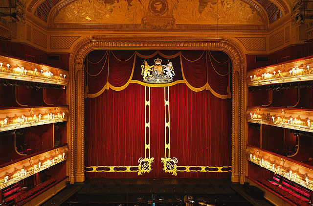 Samedi, toutes à l'opéra!