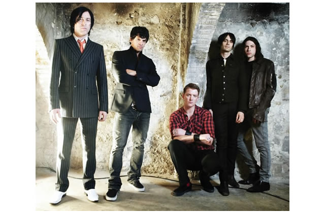 Rencontre avec les Queens of the Stone Age