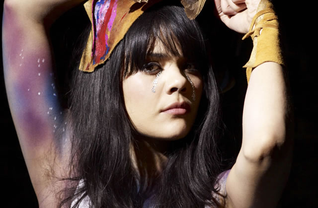 Natasha Khan (Bat For Lashes) :<br>&laquo;&nbsp;On a tous besoin du grain de folie qu&rsquo;on perd en grandissant&nbsp;&raquo;