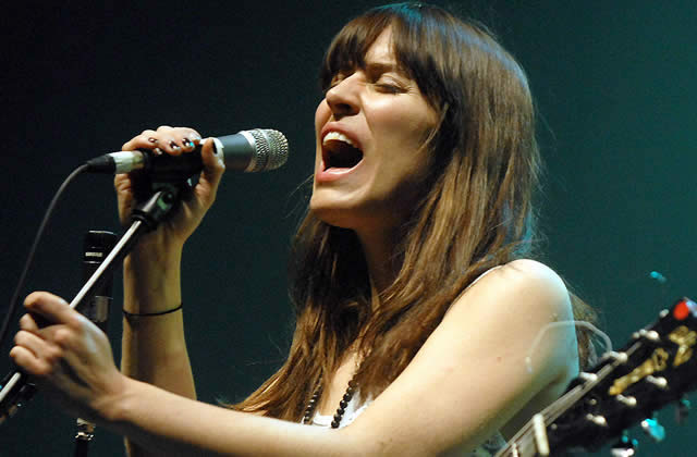 Feist : quatre nominations aux Grammy Awards