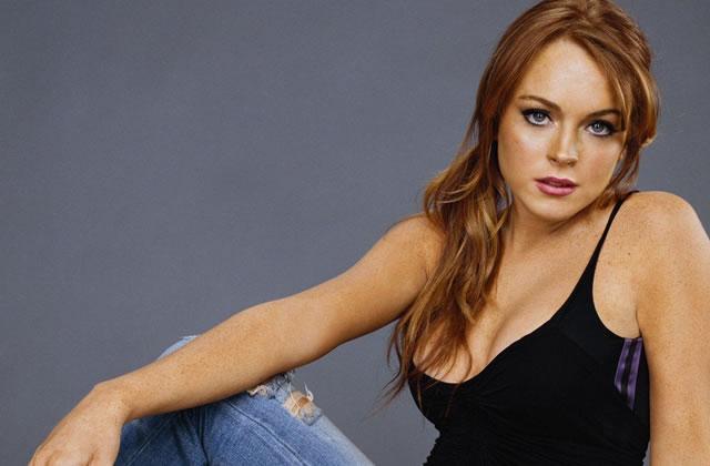 Lindsay Lohan pose nue, imitation Marilyn Monroe