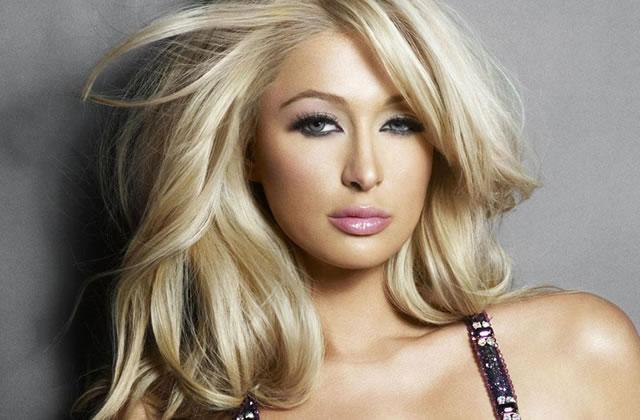 Paris Hilton sur le torse de Benji Madden