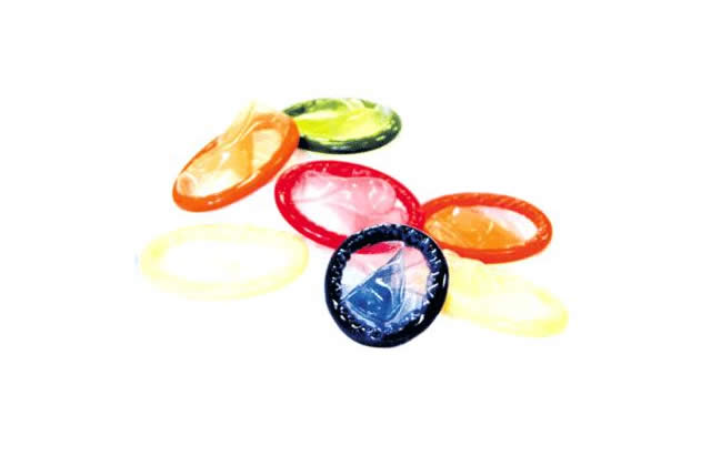 Inde : les portables sonnent pour le préservatif