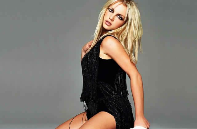 Le micro de Britney en playback