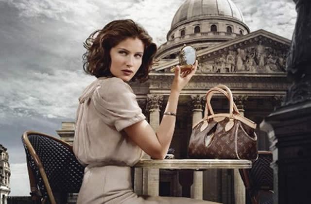 Laetitia Casta, nouvelle égérie de Louis Vuitton