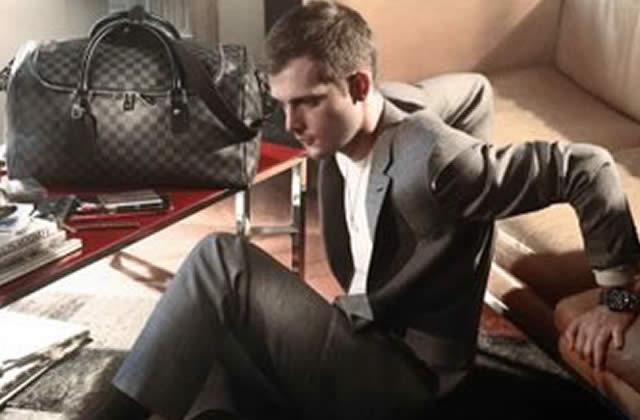 Nicolas Duvauchelle, mannequin pour Vuitton