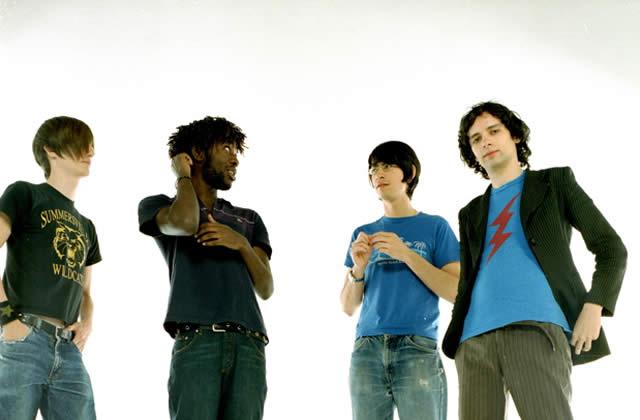 Bloc Party chante en acoustique sur la Blogothèque