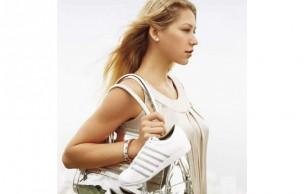 Lien permanent vers Anna Kournikova, nouvelle égérie de K-Swiss
