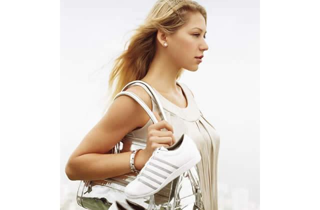 Anna Kournikova, nouvelle égérie de K-Swiss