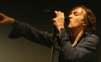 Cali sort un DVD live «1000 Coeurs Debout»