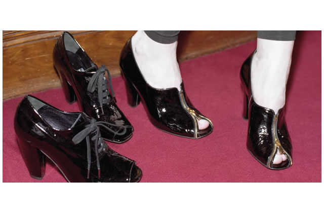 Black Metal : des chaussures rock !