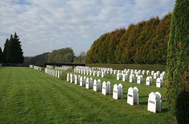 Profanation de tombes musulmanes le jour de l'Aïd