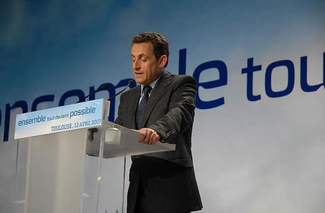 Sarkozy face à la France