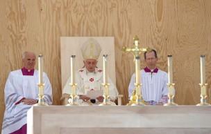 Le pape à propos du Sida : le préservatif aggrave le problème
