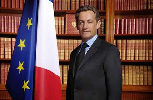 Sarkozy promet 1,3 M contre le chômage des jeunes