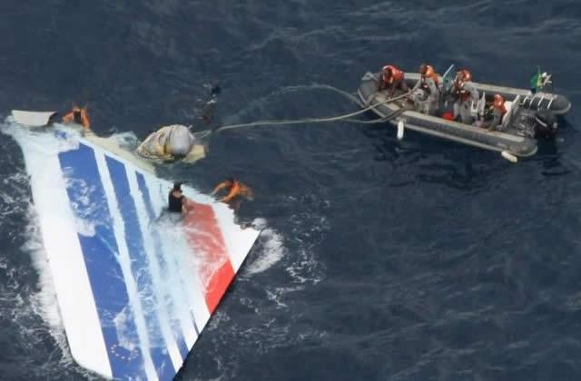 Vol AF 447 Rio Paris : des débris retrouvés au large de l'Atlantique