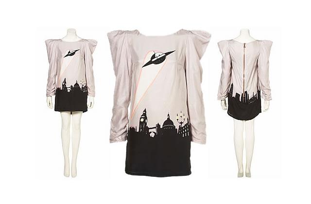 La robe OVNI, observée chez Topshop