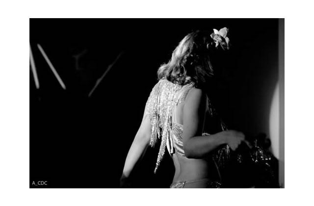 Interview de Blanka Lazare, styliste et effeuilleuse burlesque