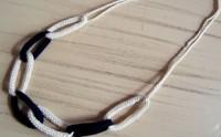 Tuto bijou : un collier chaine en tricotin