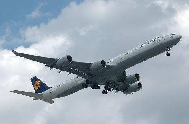 Manuel de survie en avion, à 10 000m d'altitude