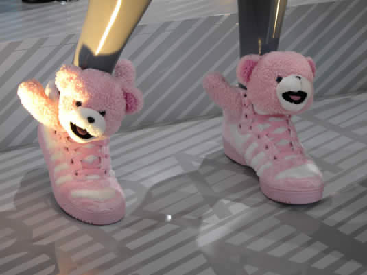 Les sneakers Teddy Bear de Jeremy Scott  adidasscott2