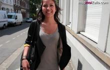 Le Street Style en vidéo d'Emilie