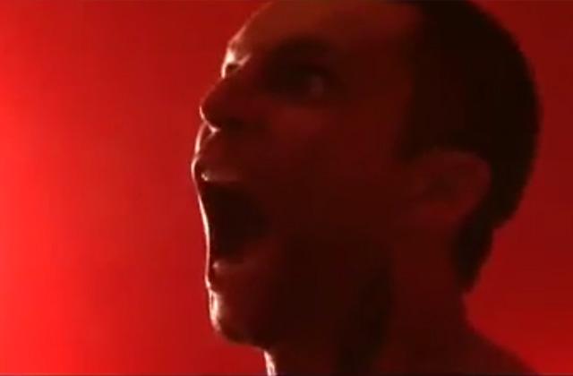 «Je dérive», le nouveau clip hard d'Allan Théo