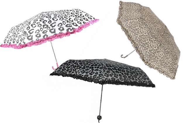 Parapluies fauves