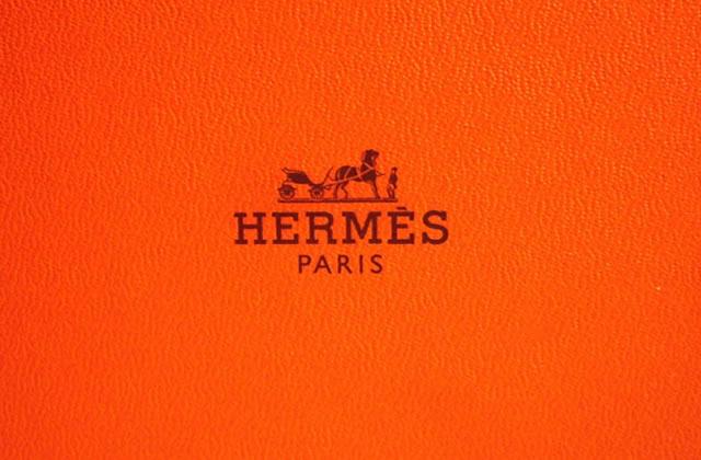 Hermès se met au fingerskate dans sa nouvelle pub