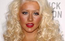 Christina Aguilera a sacrément foiré l'hymne national au SuperBowl