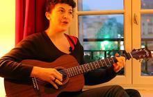 Lail Arad, des tranches de vie en chansons (en acoustique)