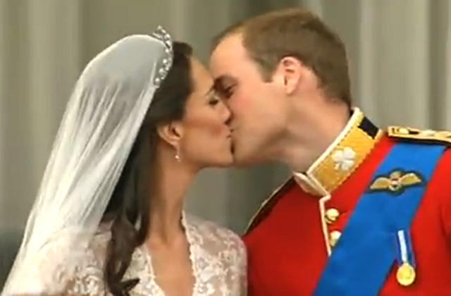 Kate & William : la vidéo du bisou sur le balcon !