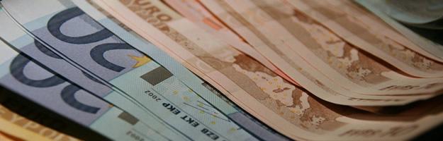 10 astuces psychologiques pour dépenser moins billets