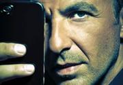 Lien permanent vers Nikos Aliagas sort un recueil de photos prises avec son iPhone