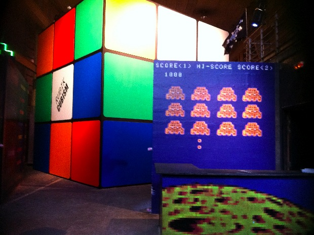 Invader 1000 l 39 expo du moment la g n rale - Rubik s cube geant ...