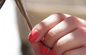 Lien permanent vers Question de lectrice : quels compléments pour ongles et cheveux ?