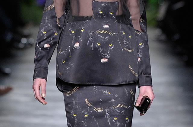 La panthère noire de Givenchy, futur it mode ?