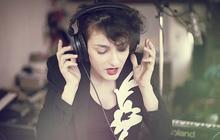 Alice Lewis chante (divinement bien) pour madmoiZelle.com