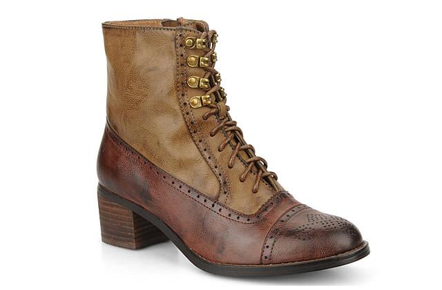 Rangers et bottines à lacets – Tendance chaussures 2011 2012