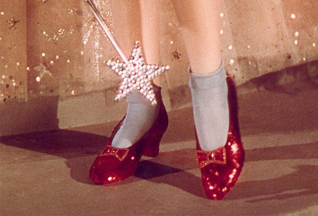 souliers rouges magicien oz Les souliers de Dorothée dans le Magicien dOz sont à vendre