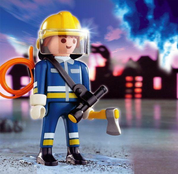 5 métiers quon voulait faire quand on était petits (et quon ne veut plus faire maintenant) Playmobil Pompier Avec Hache