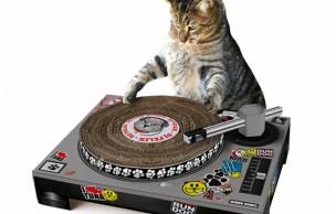 Lien permanent vers Le grattoir pour chat-DJ – Idée cadeau pourrie #10