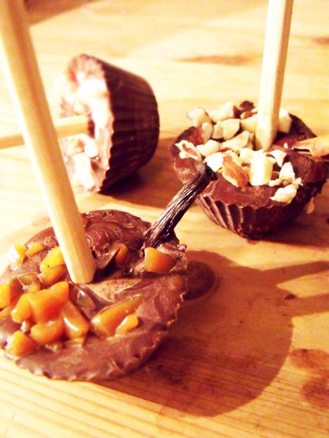 recettes de cadeaux pour no l sucettes au chocolat et p te tartiner. Black Bedroom Furniture Sets. Home Design Ideas