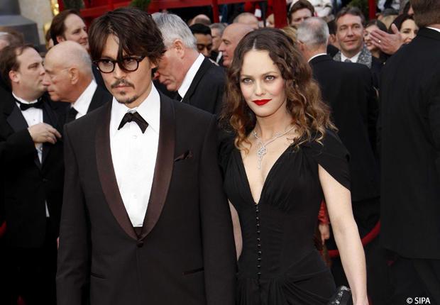 Johnny Depp et Vanessa Paradis, cest fini... ? EH BAH NON MENSONGEETTRAHISON