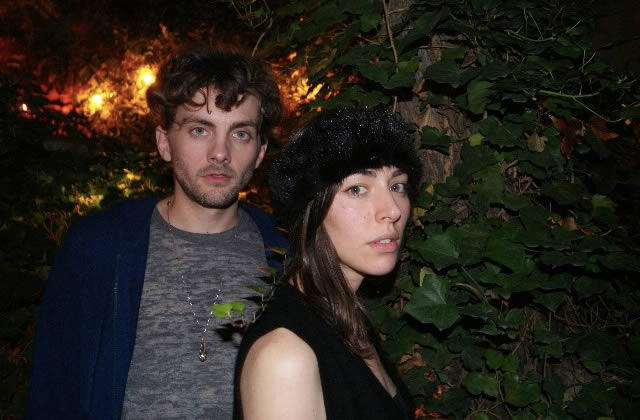 Chairlift vient de sortir Something, leur nouvel album : interview