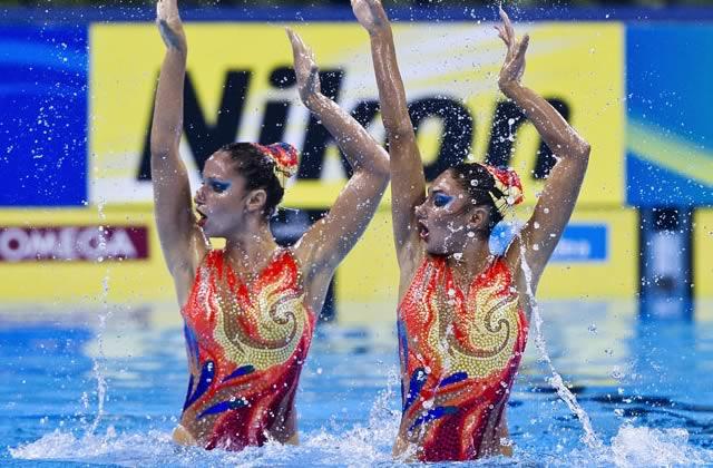 La natation synchronisée – Les madmoiZelles & leur sport