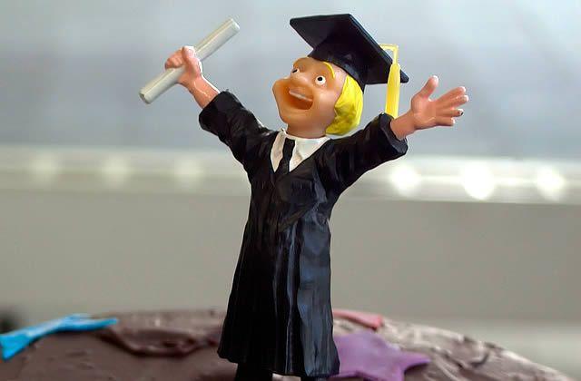 J'ai eu mon diplôme dans un Kinder Surprise