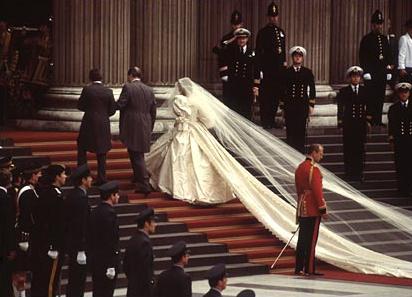 La plus longue robe de mariée du monde mariage diana charles
