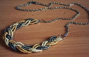 Lien permanent vers Tuto – Un collier tressé en perles de rocaille